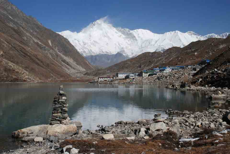 Lake views on an Everest Base Camp trek
