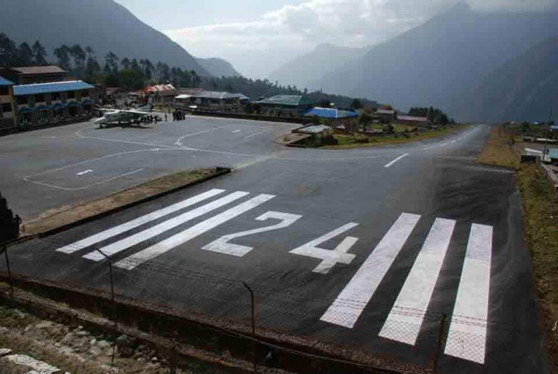 Lukla Airport, EBC trek
